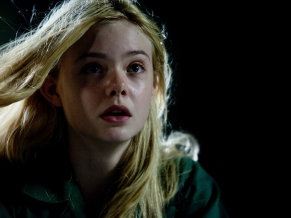 Elle Fanning in Super 8