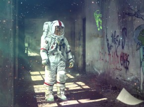 Astronaut Dream 4K