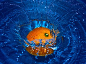 Orange Fruit Splash 4K