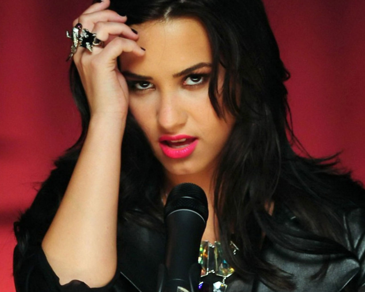 demi lovato hot wallpapers | wallpapers hd