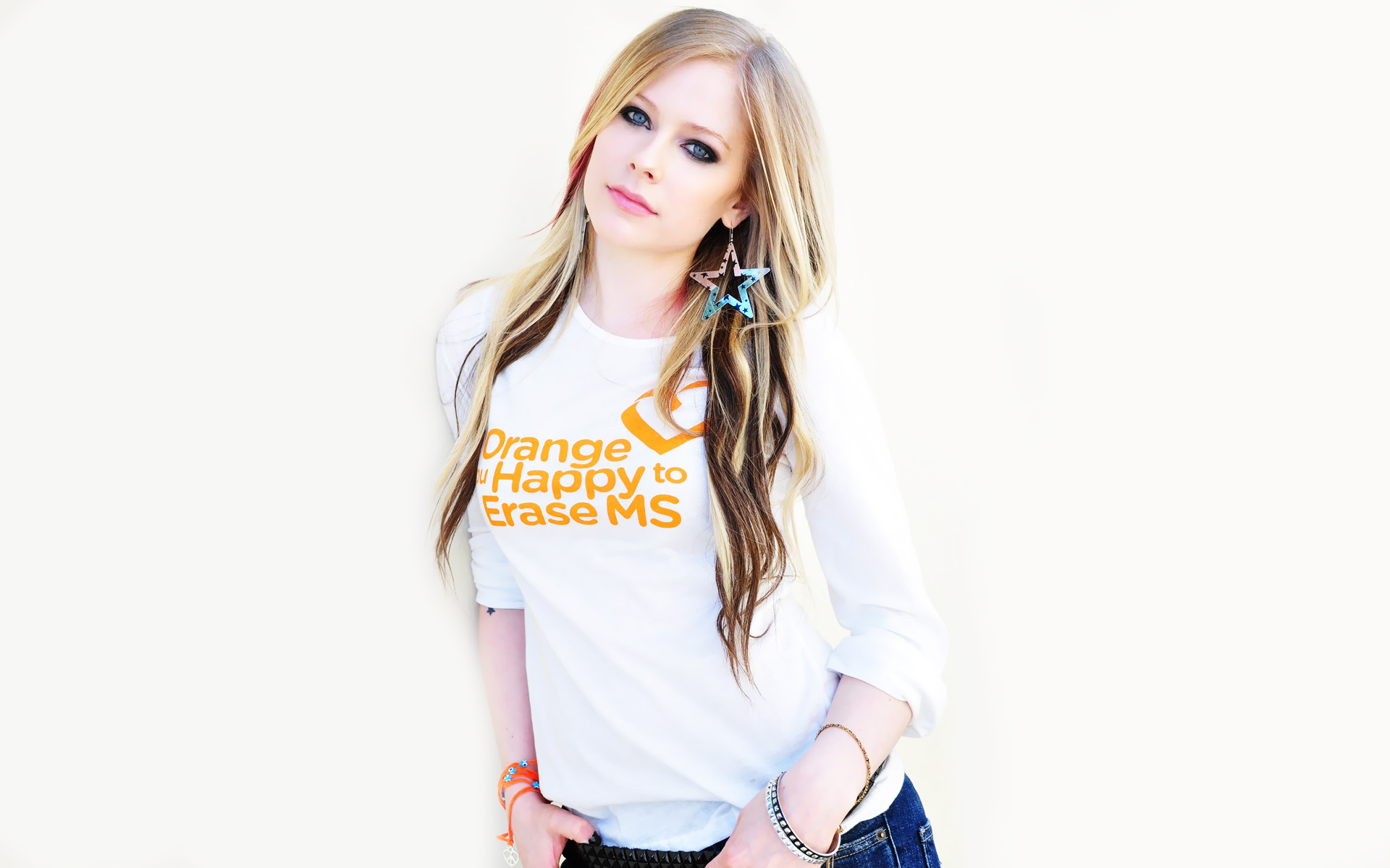 Avril lavigne 2013 wallpapers wallpapers hd avril lavigne 2013 voltagebd Gallery