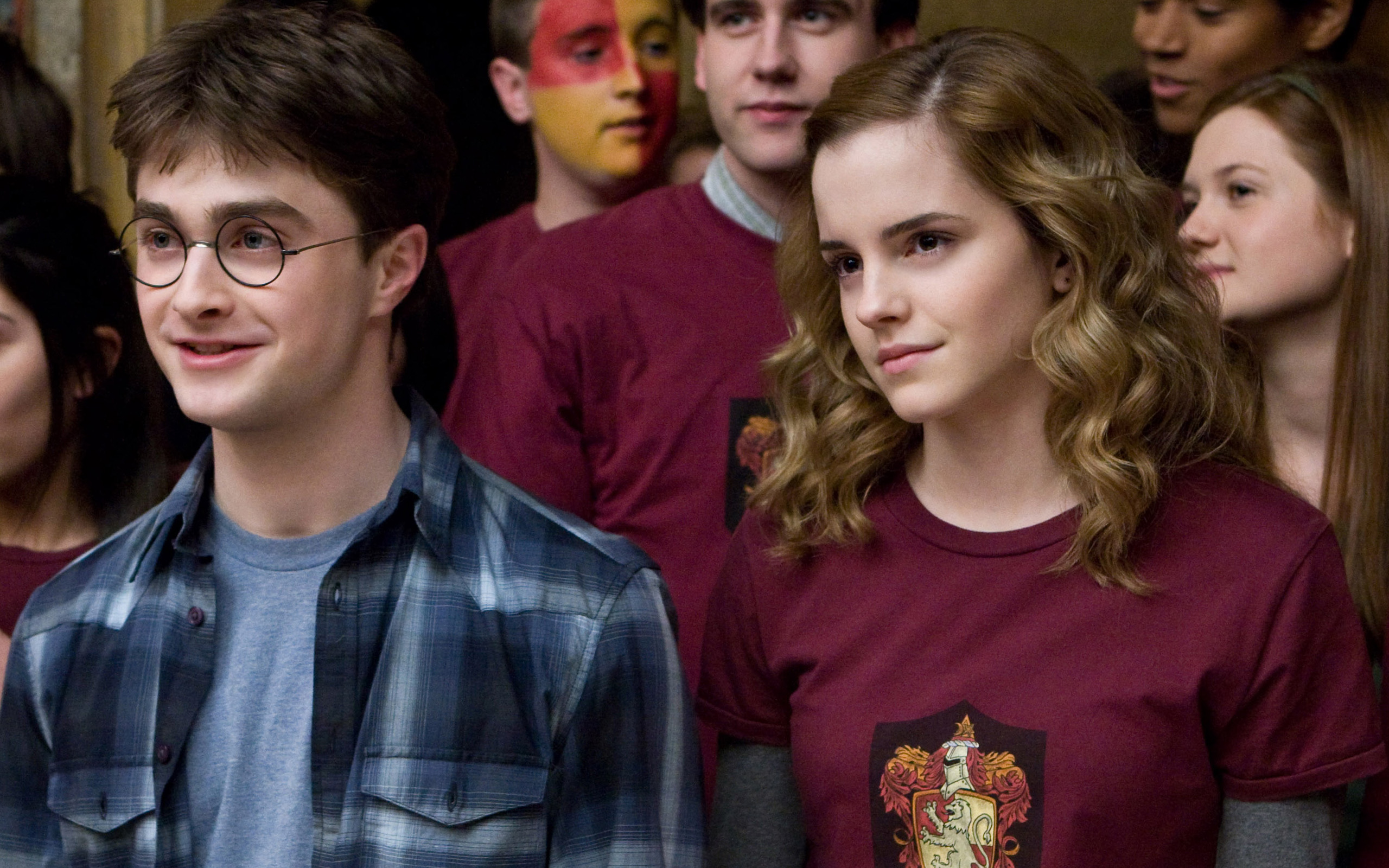 Best Wallpaper Harry Potter Facebook - emma_watson_in_harry_potter_6_new-widescreen_wallpapers  Graphic_15281.jpg