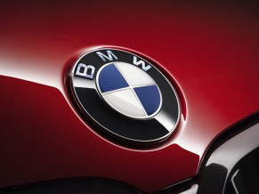 BMW 7 Series Logo 5K
