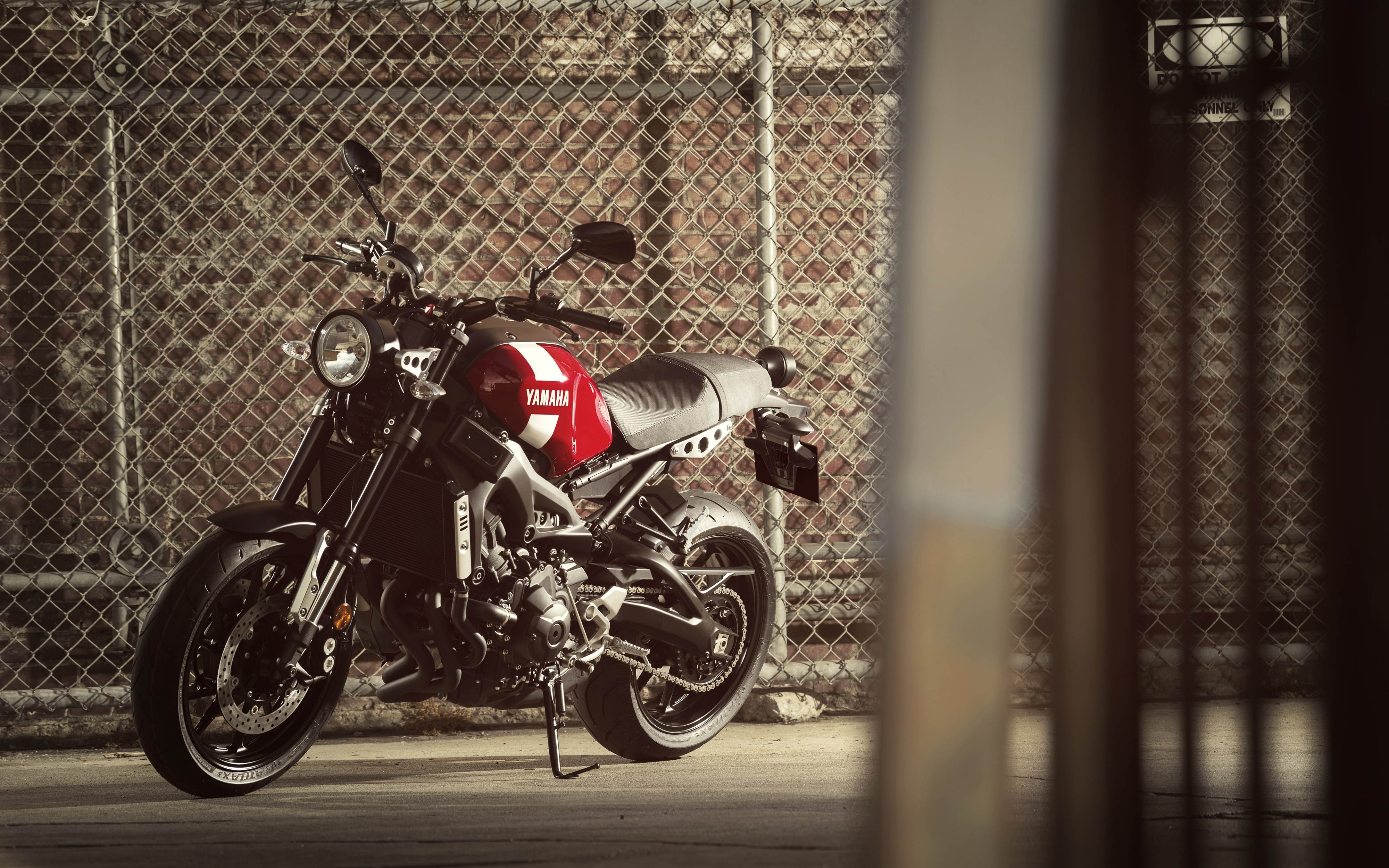 2018 Yamaha XSR900 4K Wallpapers